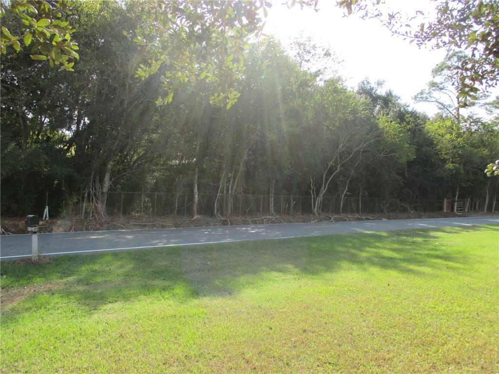 Photo of home for sale at PINEWOOD Drive E, Lake Charles LA