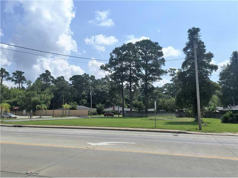 Photo of home for sale at Nelson Road, Lake Charles LA