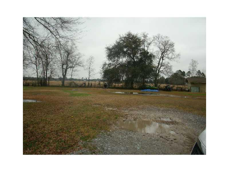 Photo of home for sale at Flora Drive, Lake Charles LA