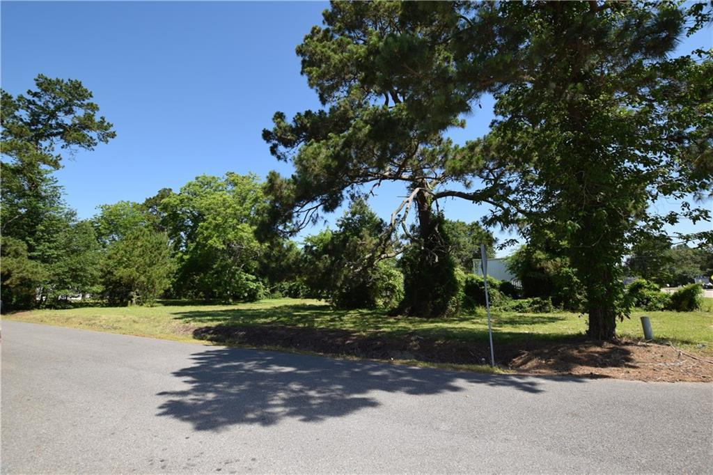 Photo of home for sale at 3760 Nelson Road, Lake Charles LA