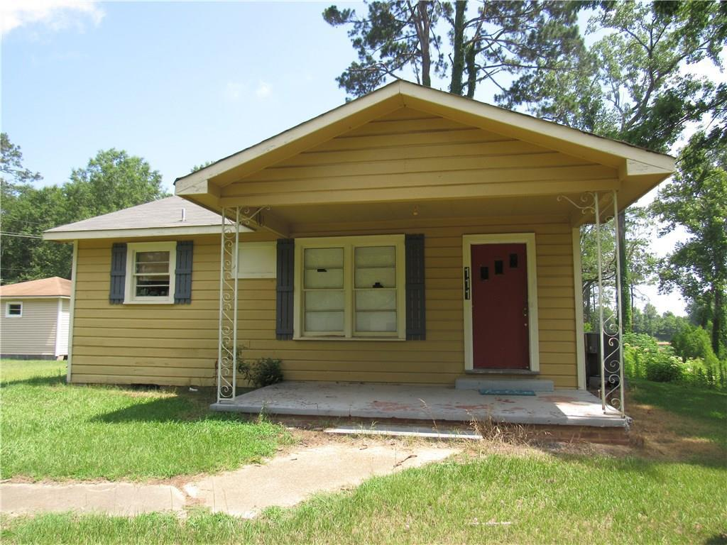 Photo of home for sale at 111 grand ecore spur Road, NATCHITOCHES LA