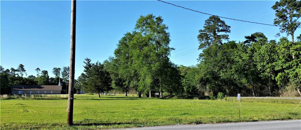 Photo of home for sale at 2908 Nibletts Bluff-Vinton Road, Vinton LA