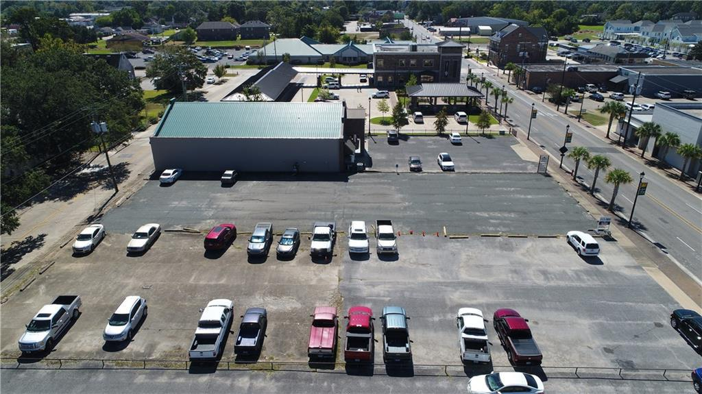 Photo of home for sale at TBD Ryan Street, Lake Charles LA