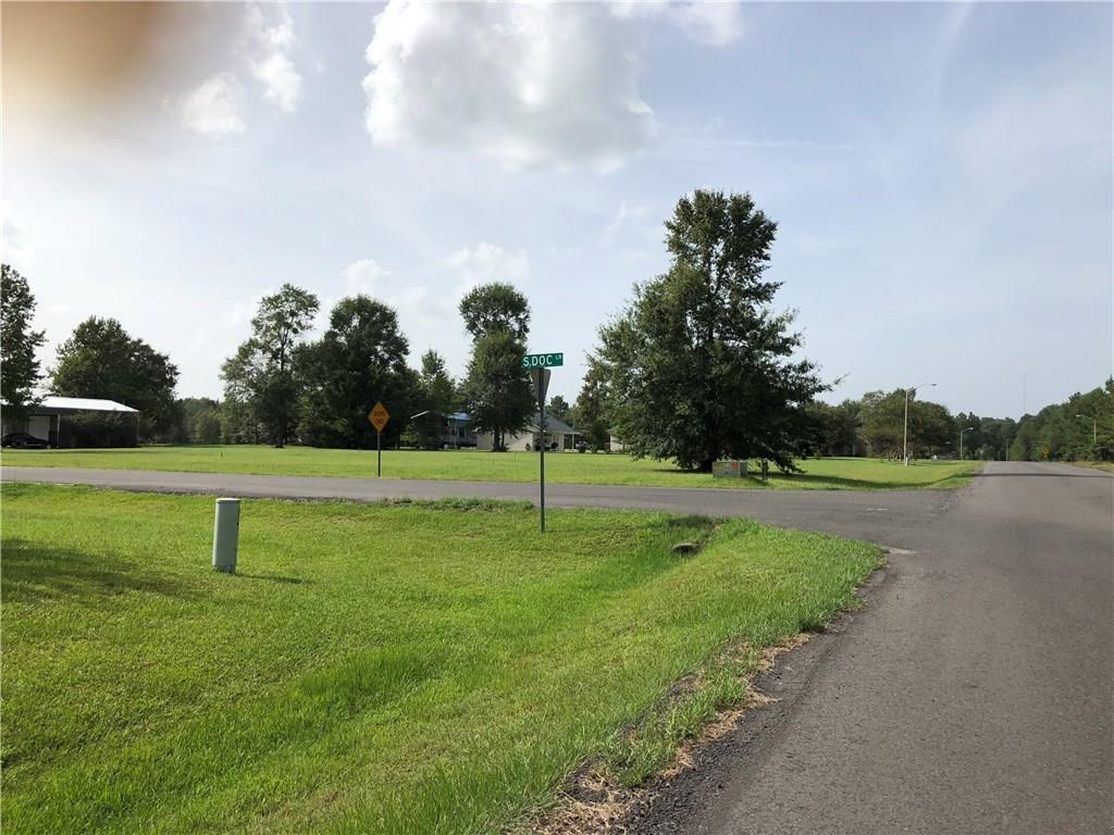 Photo of home for sale at South Doc Lane Lane, DeQuincy LA