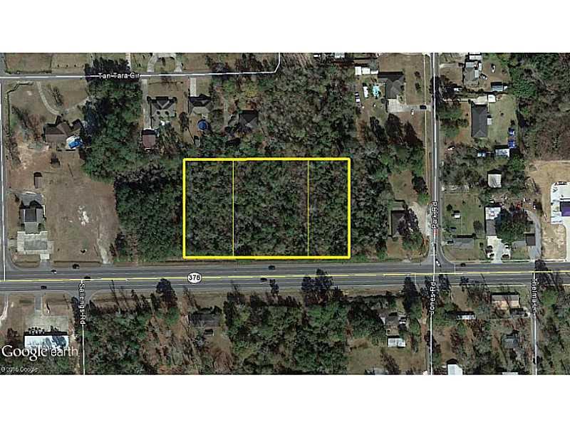 Photo of home for sale at Sam Houston Jones Parkway, Lake Charles LA