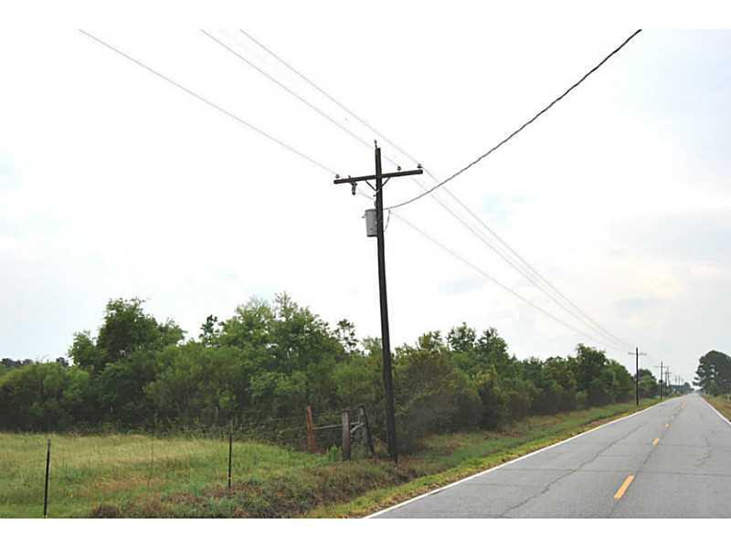 Photo of home for sale at Cal Cam Line Road, Lake Charles LA