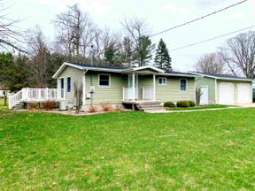 Property for sale at 30 Pine Court, Sanford,  Michigan 48657