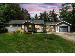 Property for sale at 102 W Beamish Rd, Sanford,  Michigan 48657