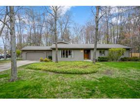 Property for sale at 4416 Oakridge Drive, Midland,  Michigan 48640