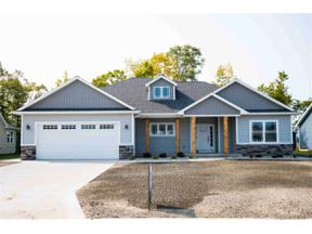 Property for sale at 8537 Oakhill Dr, Freeland,  Michigan 48623