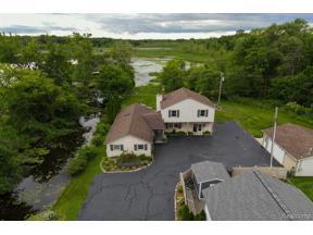 Property for sale at 323 S LAKE DR, Novi,  Michigan 48377
