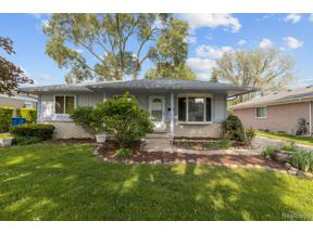 Property for sale at 27910 LOS OLAS DR, Warren,  Michigan 48093