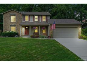 Property for sale at 34166 BRETTON DR, Livonia,  Michigan 48152