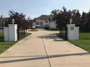 Property for sale at 2571 N LONG LAKE RD, Fenton Twp,  Michigan 48430