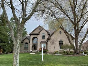 Property for sale at 37159 SEABROOK DR, Livonia,  Michigan 48152