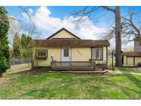 Property for sale at 9047 OAKWOOD ST, White Lake Twp,  Michigan 48386