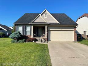 Property for sale at 3715 RIDGE VIEW DR, Trenton,  Michigan 48183