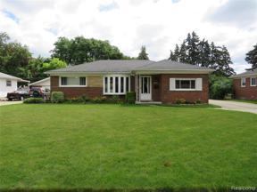 Property for sale at 27270 SYLVAN AVE, Warren,  Michigan 48093
