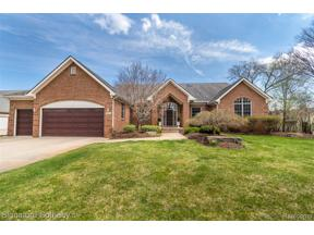 Property for sale at 28468 SCHROEDER ST, Farmington Hills,  Michigan 48331