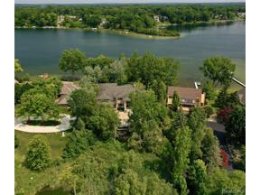 Property for sale at 4403 LANDING DR, West Bloomfield Twp,  Michigan 48323