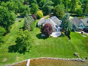 Property for sale at 2020 LAKE ANGELUS SHRS, Lake Angelus,  Michigan 48326