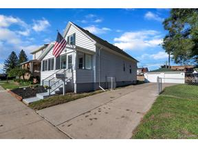 Property for sale at 1824 6TH ST, Wyandotte,  Michigan 48192