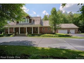 Property for sale at 282 BROOKWOOD DR, Orion Twp,  Michigan 48362