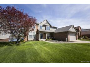Property for sale at 1941 TWIN SUN CIR, Commerce Twp,  Michigan 48390