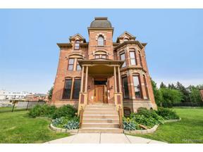 Property for sale at 104 Edmund PLC 2 2, Detroit,  Michigan 48201
