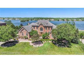 Property for sale at 50596 DRAKES BAY DR, Novi,  Michigan 48374
