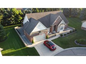 Property for sale at 22025 ABINGTON DR, Farmington Hills,  Michigan 48335