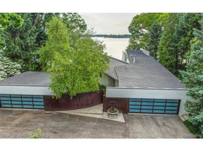 Property for sale at 3040 MIDDLEBELT RD, West Bloomfield Twp,  Michigan 48323