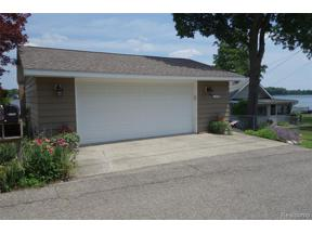 Property for sale at 10174 Lakeside DR, White Lake Twp,  Michigan 48386