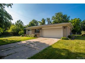Property for sale at 5032 E 13 MILE RD, Warren,  Michigan 48092
