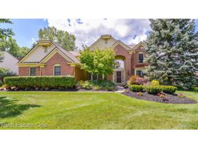 Property for sale at 1984 BLOOMFIELD OAKS DR, West Bloomfield Twp,  Michigan 48324