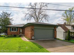 Property for sale at 2661 TAMPA DR, Wolverine Lake Vlg,  Michigan 48390