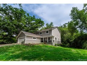 Property for sale at 4080 FAIRLANE DR, Bloomfield Twp,  Michigan 48301