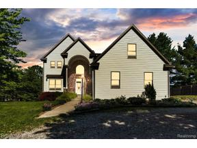 Property for sale at 10151 JANAROY CRT, Goodrich Vlg,  Michigan 48438