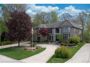 Property for sale at 866 Lakewood DR, Rochester Hills,  Michigan 48309