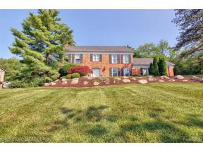 Property for sale at 3250 CHESTNUT RUN DR, Bloomfield Twp,  Michigan 48302