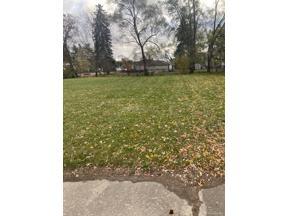 Property for sale at 18621 FARMINGTON Rd RD, Livonia,  Michigan 48152