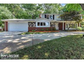 Property for sale at 4207 IVERNESS LN, West Bloomfield,  Michigan 48323
