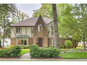 Property for sale at 874 MOHEGAN ST, Birmingham,  Michigan 48009