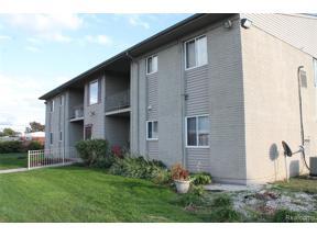 Property for sale at 9975 ALLEN POINTE DR, Allen Park,  Michigan 48101