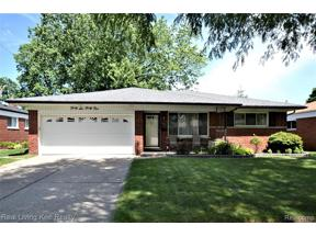 Property for sale at 4641 RED MAPLE DR, Warren,  Michigan 48092