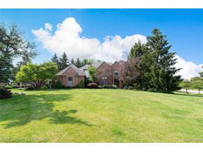 Property for sale at 2880 BAYTREE CRT, Oakland Twp,  Michigan 48306