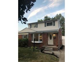 Property for sale at 10020 GARVETT ST, Livonia,  Michigan 48150