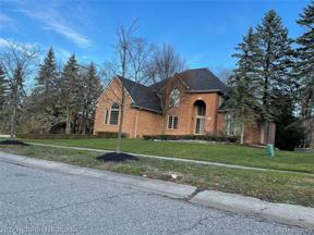 Property for sale at 7422 WOODLORE DR, West Bloomfield Township,  Michigan 48323