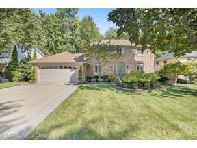 Property for sale at 14454 PARKLANE ST, Livonia,  Michigan 48154