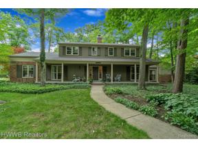 Property for sale at 22636 KING RICHARD CRT, Beverly Hills Vlg,  Michigan 48025